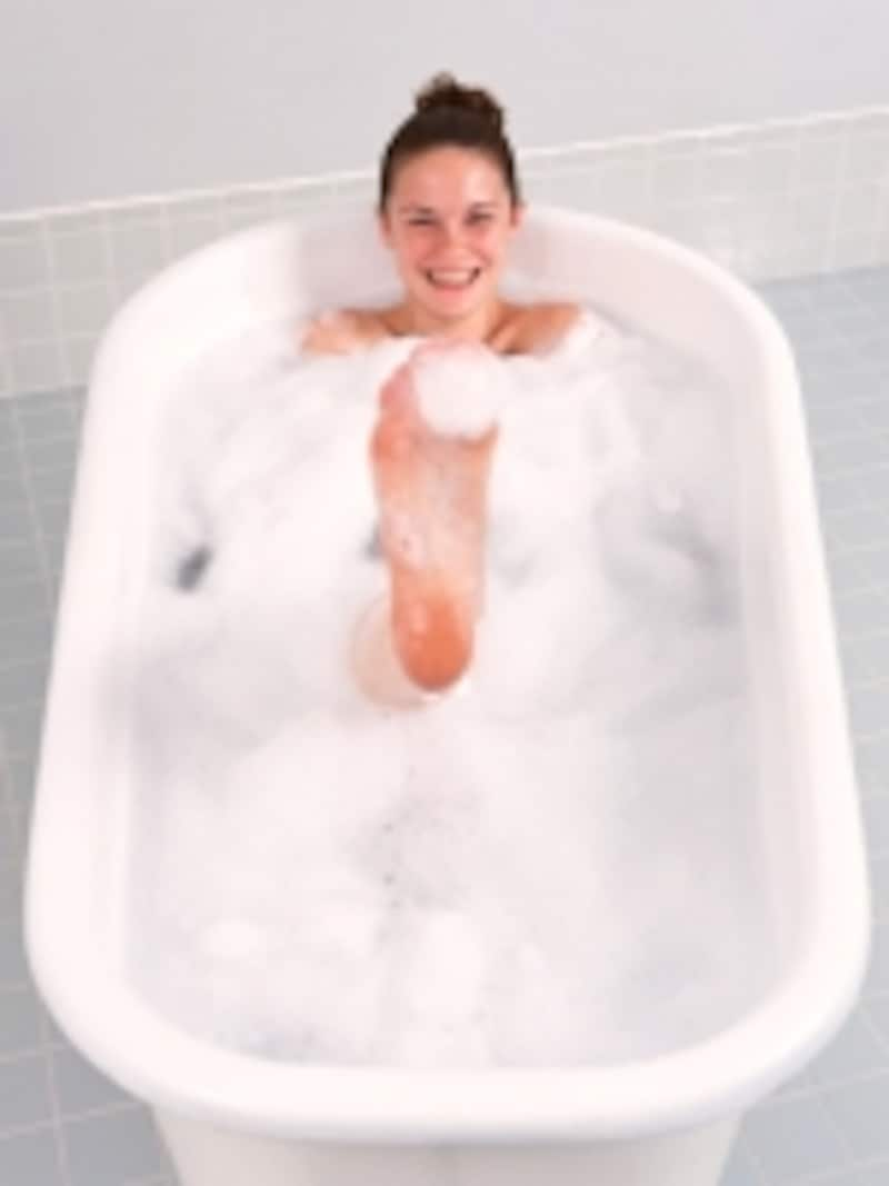 半身浴よりも全身浴のほうが効果的に体を温められますよ!