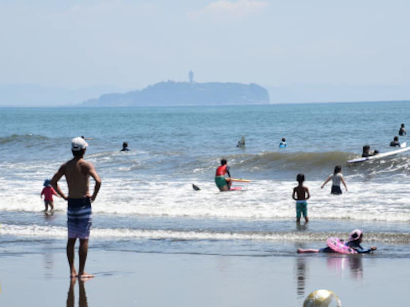 神秘の島、江ノ島へいざ!どんな観光スポットや遊び場があるのか?