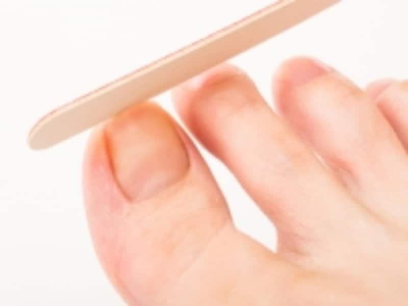 足の爪は適度な長さが◎