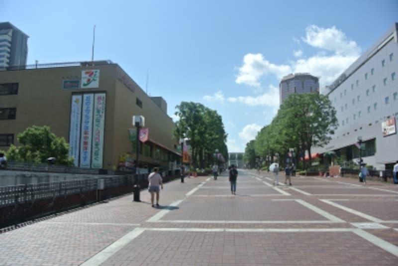 パルテノン大通り