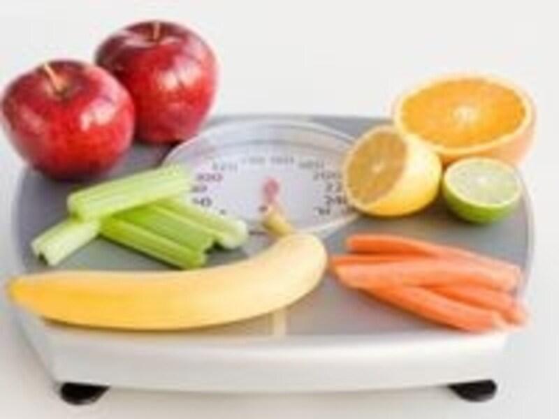 野菜ジュースやヨーグルトを食事前に!