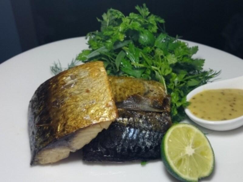 鯖のハーブオイル煮ハニーマスタードソース