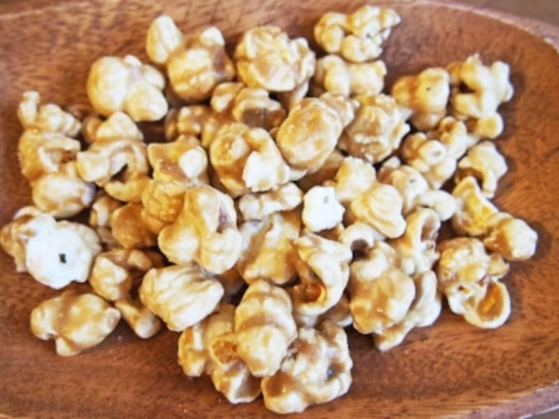 袋の下にナッツが沈んでいるので、よくミックスしてから食べましょう