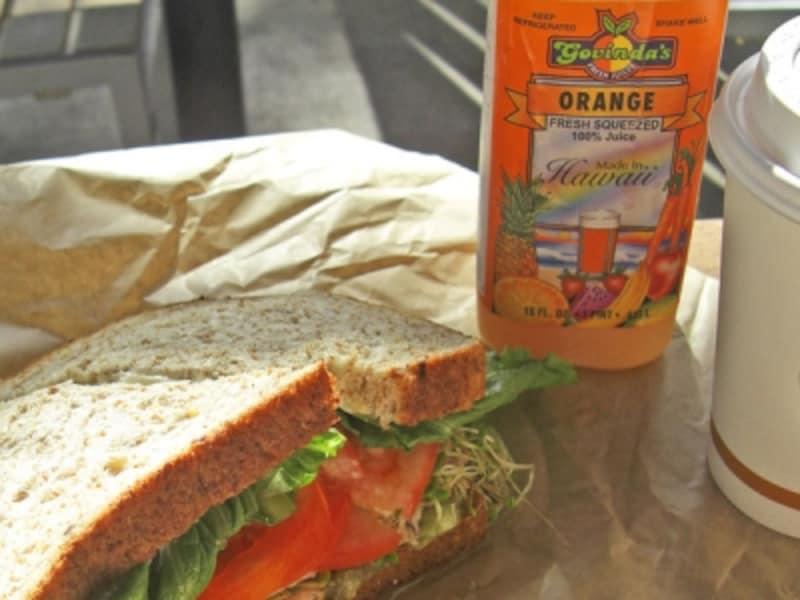 ビタミンがギュッと詰まったゴビンダのオレンジジュース