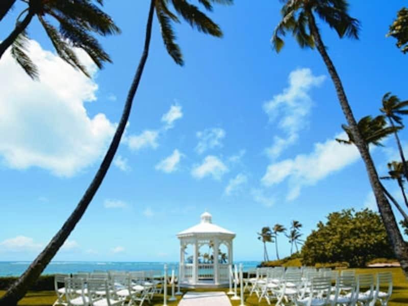 ロコが選ぶウエディングスポットのベストにも選ばれているザ・カハラ・ホテル&リゾートのダイヤモンドヘッド・ガゼボ