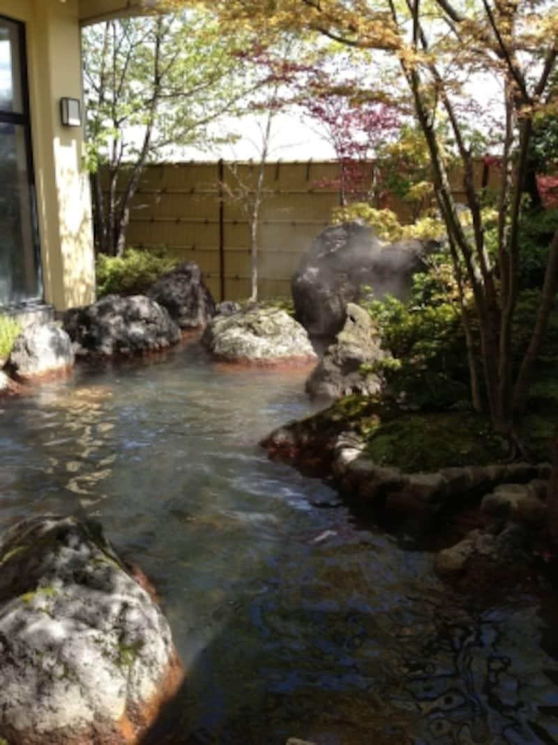 別府堀田温泉の露天風呂