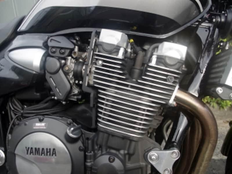 XJR1300の空冷エンジン