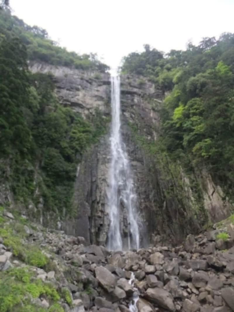 那智の滝・飛瀧神社(4)/お滝拝所から眺める滝