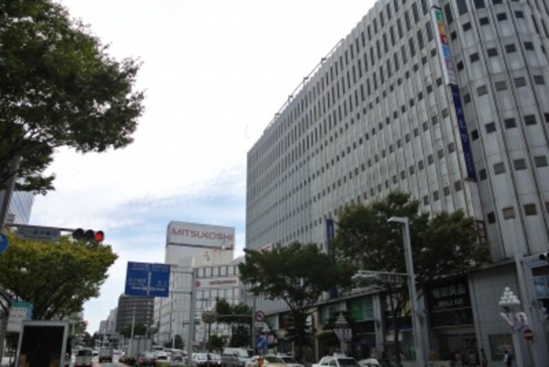栄町の街路