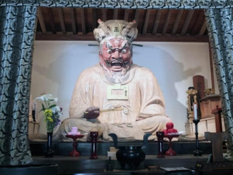 閻魔大王座像(円応寺)