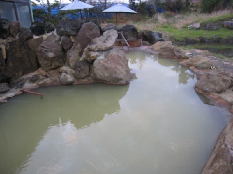 黄金温泉の露天風呂