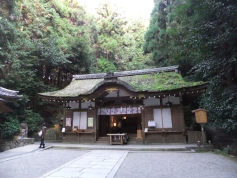 狭井神社(1)/拝殿