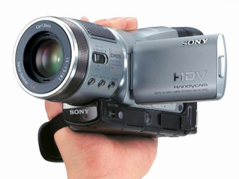 初代ハイビジョン対応ビデオカメラ「HDR-HC1」