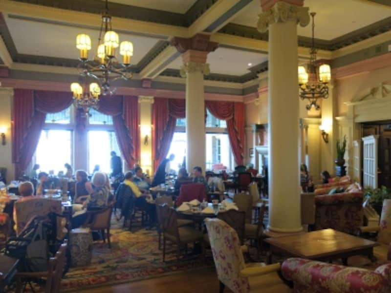 1908年創業の老舗ホテル。英国王室やハリウッドのセレブ御用達