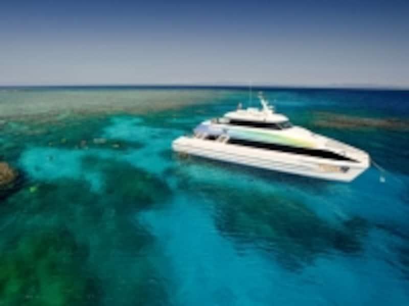 ダイビング会社の船