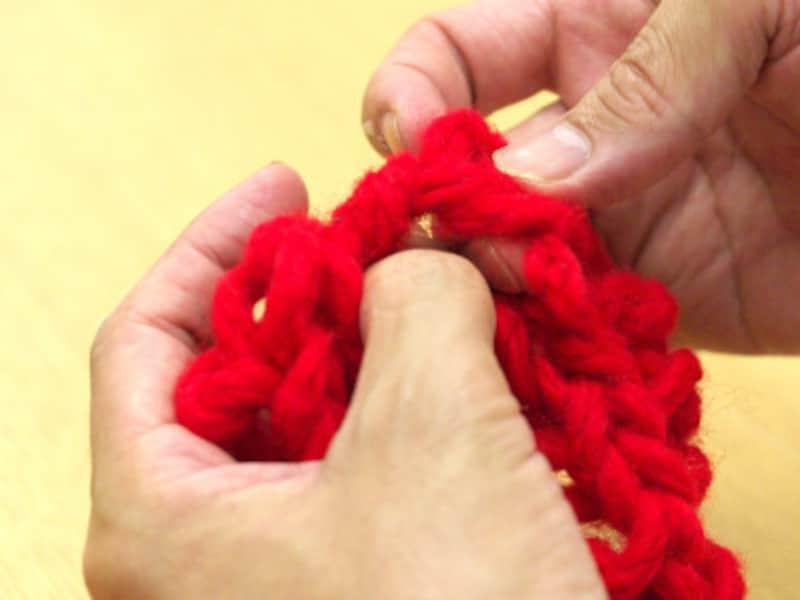 フェイクファーヤーンのマフラー編み