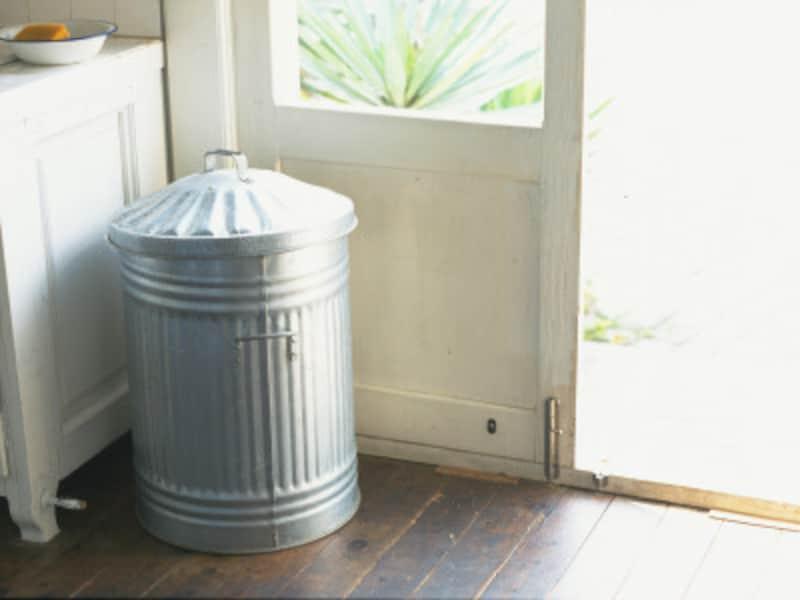 アロマをゴミ箱の消臭に