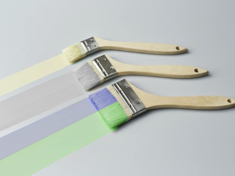 外壁塗装の色選び基調の4色
