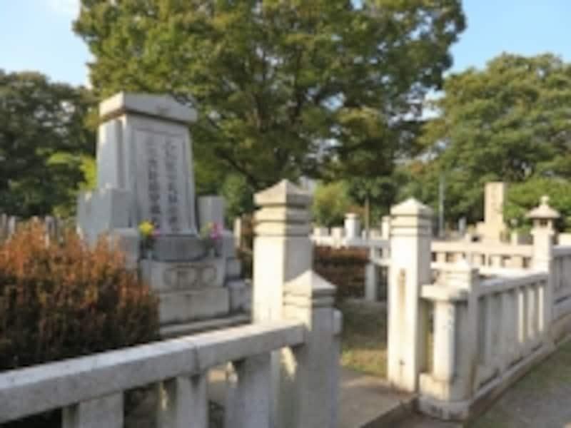 夏目漱石の墓所