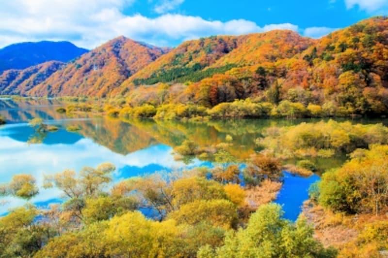 紅葉の五十里湖