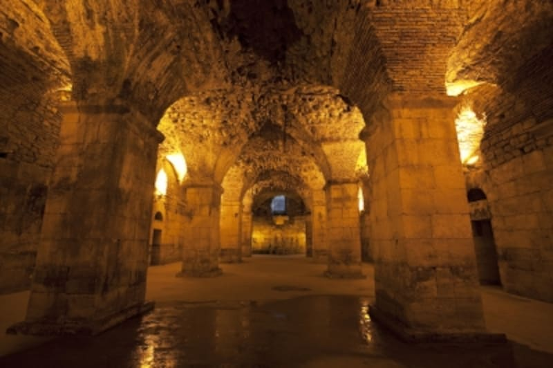 ディオクレティアヌス地下宮殿