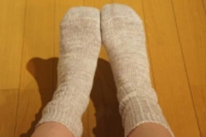 靴下はしっかり足首もカバーしてくれるものを選びましょう!