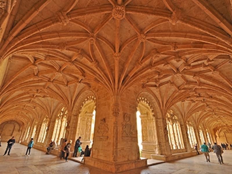 ジェロニモス修道院、2階回廊部