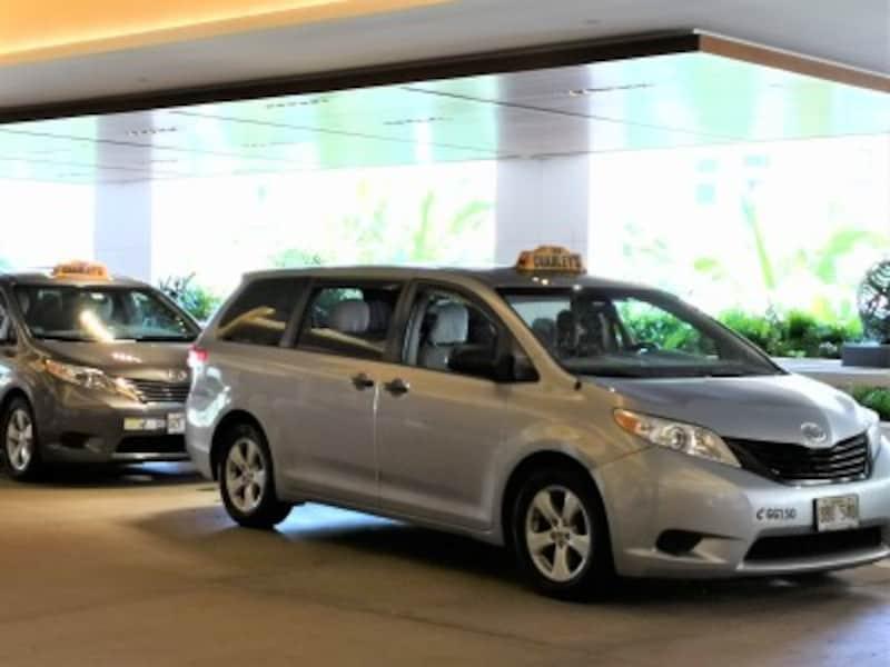 ローカルが選ぶハワイのベストタクシーTOP3にランクインするチャーリーズ・タクシー