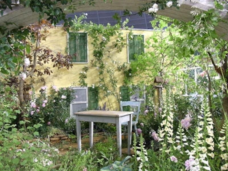 「エミリー・ディキンソンの庭」