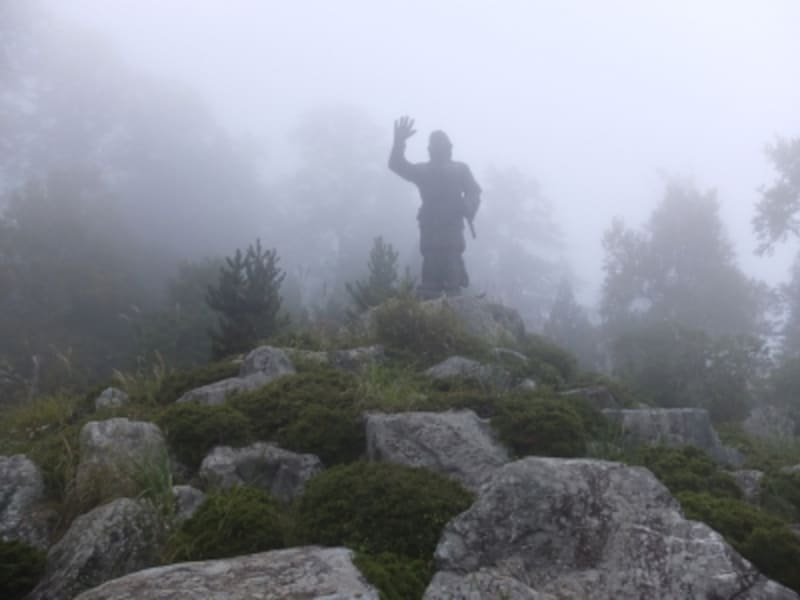 日本武尊の銅像