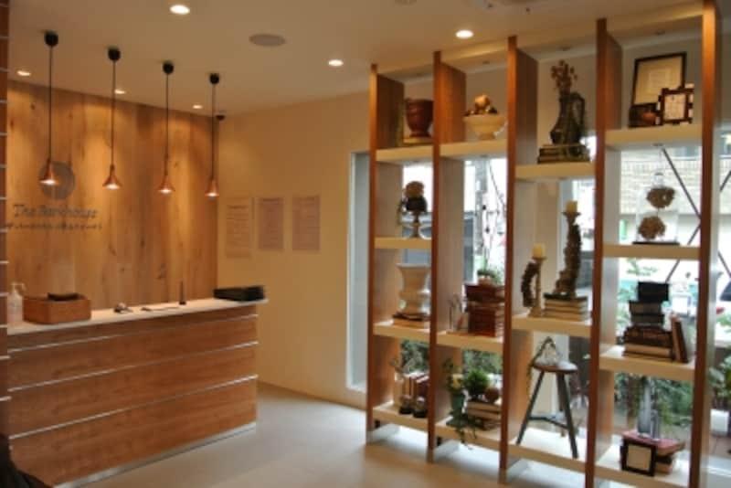 「ザ・パークハウス二子玉川ガーデン」のモデルルームのエントランス
