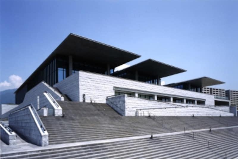 兵庫県立美術館undefined外観