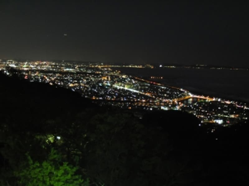 湘南平undefined夜景(江ノ島・鎌倉方面)