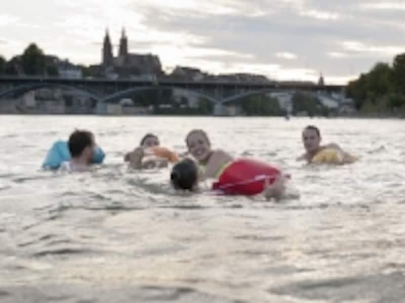 ライン川での遊泳