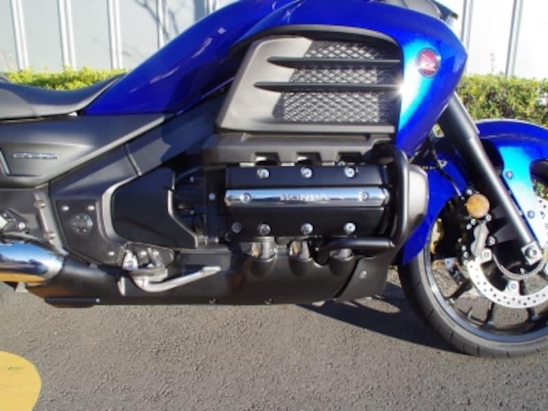 ゴールドウイングF6Cのエンジン