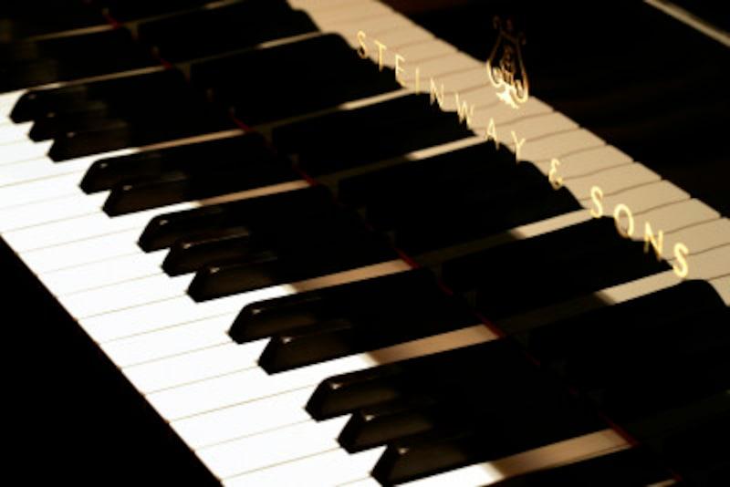 ピアノで跳躍した音を正確に演奏する練習方法