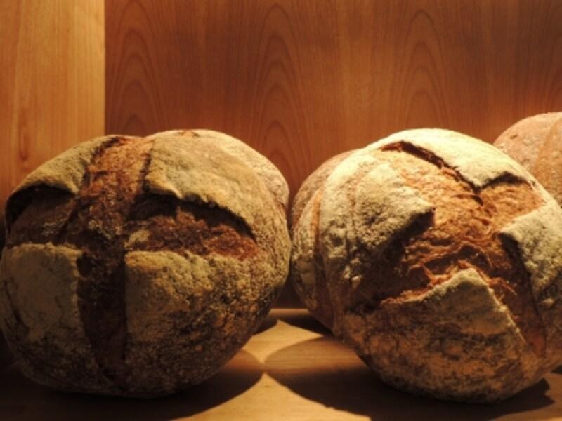 国産小麦のカンパーニュ