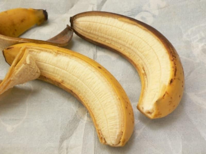 バナナの保存法:梱包シートで包む