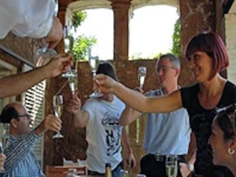 若者のワイン離れも目立つが、ワインはスペインの食文化