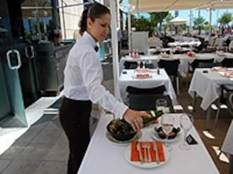 スペインではワインは楽しむためのもの。気軽にオーダーしてみよう