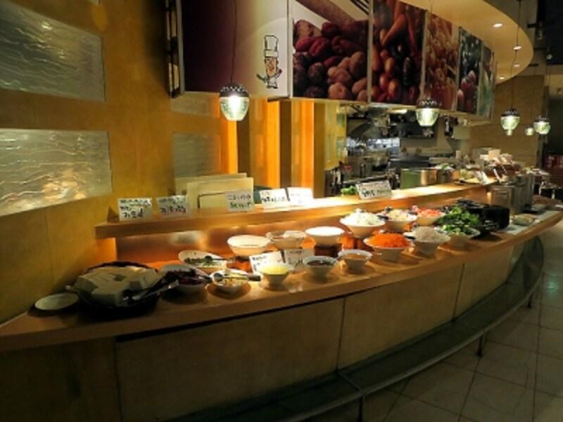 畑の厨膳丸新宿店ブッフェ台