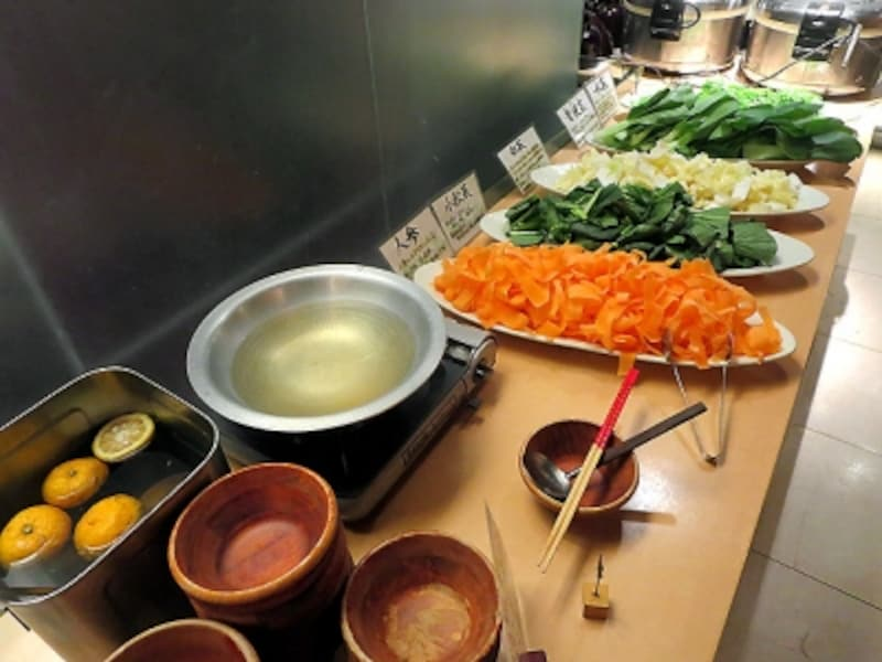畑の厨膳丸新宿店野菜しゃぶしゃぶ
