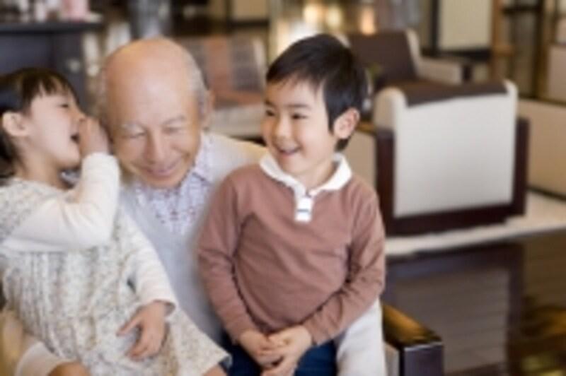 高齢者のお金を子や孫世代に…と贈与税の非課税枠が拡大されています