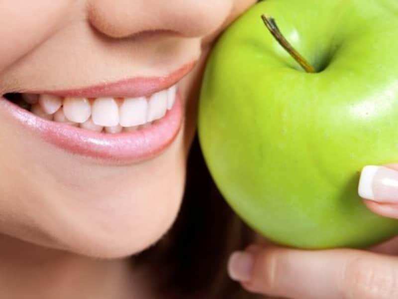 リンゴと歯の健康の関係は?