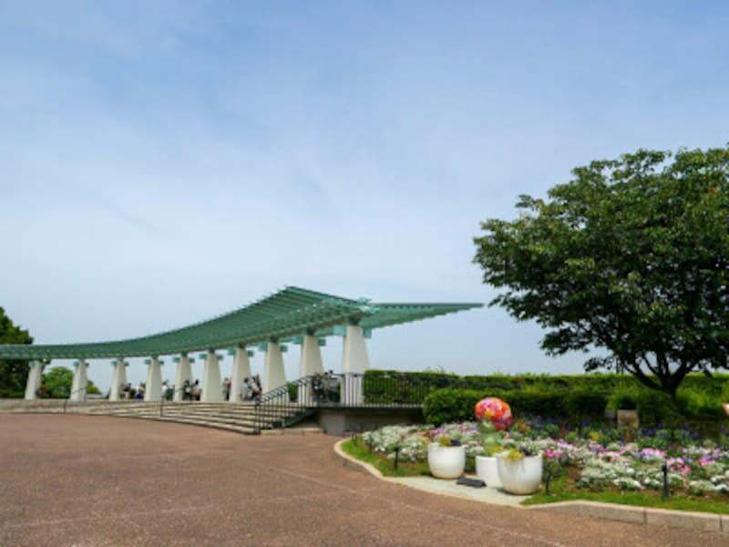 今も昔も横浜を代表する観光スポット・港の見える丘公園の展望台(2021年5月14日撮影)