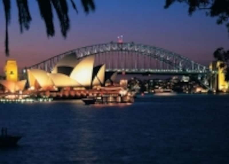 ライトアップされたシドニー
