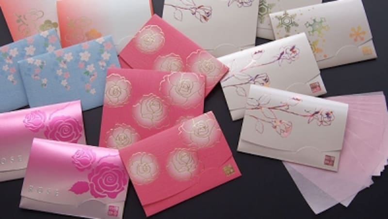 季節や花をイメージした様々なパッケージ
