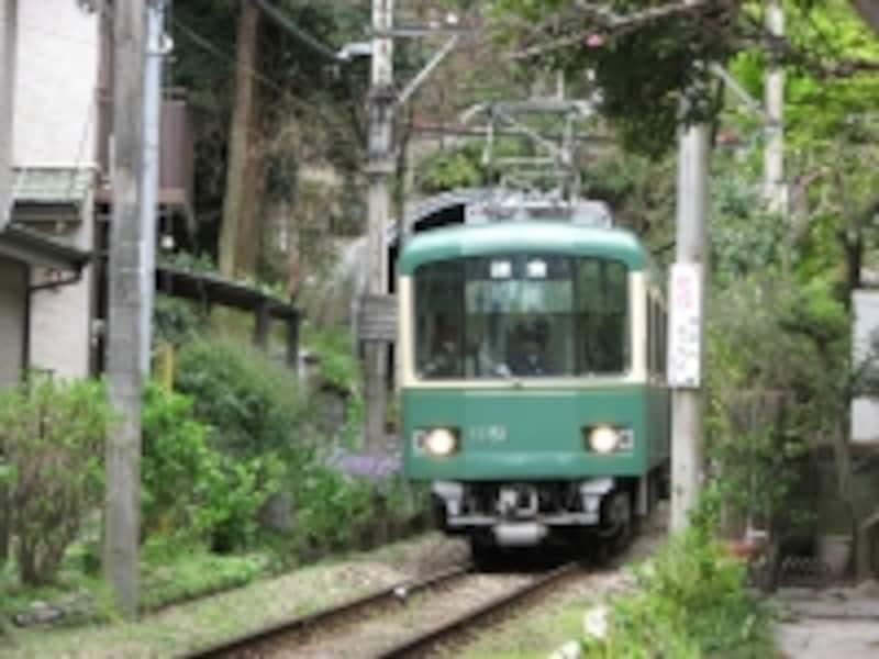 「長谷」へは、鎌倉駅から江ノ電に乗って出かけます!