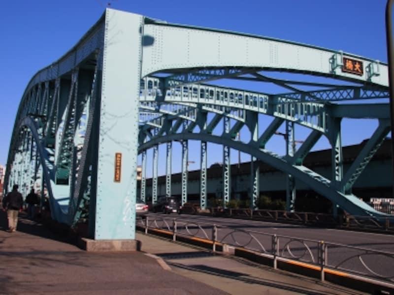今の橋は1927年(昭和2年)にかけられた