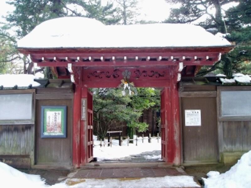 兼六園側の赤門